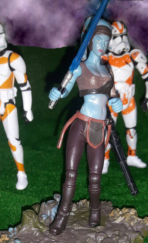 Aayla Secura Figure (Jedi Knight) - Revenge Of The Sith
